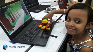 Girl learning robotics in Kolkata